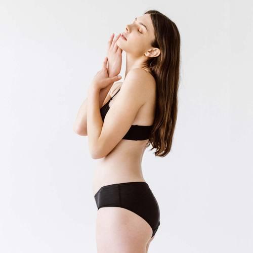 Menstruační kalhotky Snuggs střední savost
